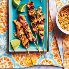Brochettes de poulet aux arachides barbecue | Ricardo Ricardo Recipe, Chicken Wings, Bbq, Weight Watcher, Oven, Appetizers, Meat, Dinner Ideas, Recipes
