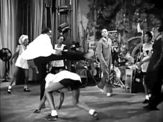 Whitey's Lindy Hoppers dancing in the movie Hellzapoppin' (1941). Choreographed by Frankie Manning and considered to be one of the greatest swing routines of all time.