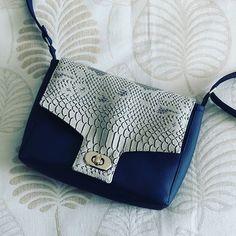 Photo de profil de charlotte_duboutdumonde charlotte_duboutdumonde Les créas du dimanche 👜 #homemade  #purse  #sewingbags #sewing #sacotin  #sacôtinaddict