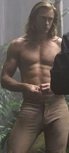 Alexander Skarsgard......DAYUM! Look at the stress on that zipper........