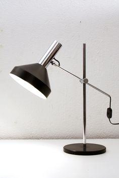 Tischleuchte der Firma Megal aus den 60er Jahren. Desk Lamp, Table Lamp, Lighting, Furniture, Home Decor, Light Fixtures, Lamp Table, Decoration Home, Office Lamp