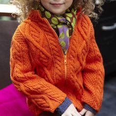 Les explications du gilet survitaminé orange pour petite fille.