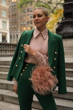 Atlantic-Pacific – A fashion and personal style site by Blair Eadie. Atlantic-Pacific – A fashion and personal style site by Blair Eadie. Look Fashion, Winter Fashion, Green Fashion, Trendy Fashion, Mode Outfits, Fashion Outfits, Fashion Sites, Fashion Trends, Blair Eadie
