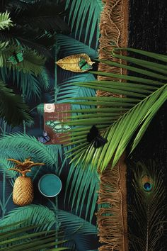 If you love all that's dramatic, decorative and glamorous, the Luxury Art Deco look could be for you. Deco Baroque, Estilo Tropical, Tropical Style, Tropical Interior, Bedroom Paint Colors, Carpet Colors, Living Room Carpet, My New Room, Color Schemes
