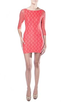 This beautiful lace bodycon dress in pink is a perfect item to add a splash of colour to your wardrobe.