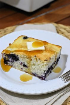 Fluffy Baked Blueberry Buttermilk Pancake ~ done in the oven, no flipping required. www.thekitchenismyplayground.com