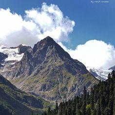 #landscape #paisaje #photoshoot #dombay #resort #awesome #awesomeclouds #amazingplaces #amazingview #amazing #natyre #naturelovers #wow #wonderland #instakchr #ilovekchr #highlands #mountain #photographer #renat_urusov #nikonphotography #tourism #travel #travelblogger by renat_urusov