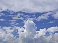 Roman Mythology, Greek Mythology, Roman Gods, Angel Warrior, God Pictures, Greek Gods, Online Images, Hermes, Clouds