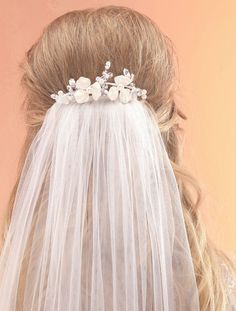 AR511 Lightweight Bridal Veil Comb with Flowers & Pearls by Arianna Tiaras