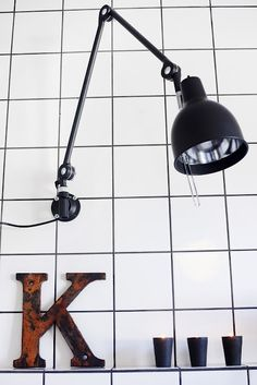 Black grout and great wall light