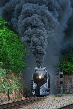 611 Exiting the Montgomery Tunnels Train Wallpaper, Photo Background Images, Railroad Photography, Train Art, Train Pictures, Old Trains, Train Engines, Steam Engine, Nature