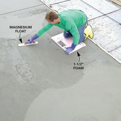 A pro shows you how to build strong forms place a solid slab and trowel a smooth finish Concrete Tools, Concrete Footings, Concrete Garages, Concrete Pad, Concrete Projects, Concrete Porch, Concrete Paving, Pouring Concrete Slab, Concrete Slab Foundation