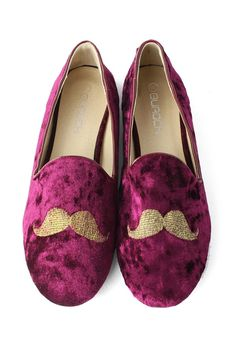 Mustache Embroidery Velvet Flat Shoes in Purple Red