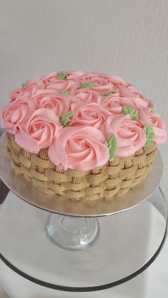 Best ideas cupcakes decoration wedding buttercream icing - My CMS Cake Decorating Designs, Cake Decorating Techniques, Cake Designs, Cookie Decorating, Decorating Games, Pretty Cakes, Beautiful Cakes, Amazing Cakes, Bon Dessert