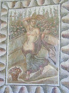 Mosaique MN Carthage femme.