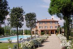 What better way than to spend the afternoon sprawled out on the luscious green grass in the garden of this 18th century Tuscan building, or perhaps take a dip in the pool while enjoying spectacular views of the Tuscan countryside landscape.