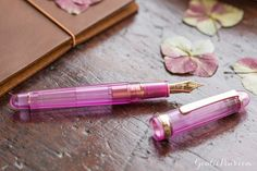 This pink fountain pen will have your writing blooming! Platinum 3776 Century Nice Lilas is the perfect writing instrument for spring. Pin for later.