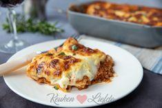 Easy Healthy Recipes, Meat Recipes, Pasta Recipes, Easy Meals, Moussaka, Lasagna Recept, Bolognese, Lasagna Recipe With Ricotta, Food Vans