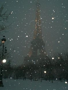 Paris in snow- still beautiful
