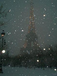 Paris in snow