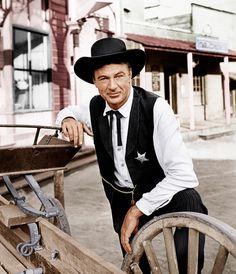 "Gary Cooper in ""High Noon"" Best Actor Oscar 1952 Hollywood Actor, Hollywood Stars, Classic Hollywood, Old Hollywood, Gary Cooper, John Wayne, Cary Grant, Fred Zinnemann, Frank James"