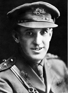 SHOUT, Alfred John,  2nd Lieutenant.  1st Bn. AIF.  1915;  Gallipoli, Turkey