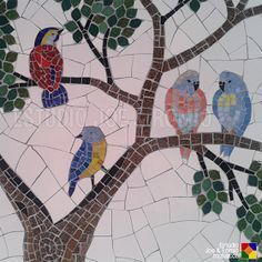 Some of the DIY Garden Mosaics Projects - Having a beautiful garden is everyone`s dream. You can do different things to make your garden look beautiful. For example, you can plant beautiful fl. Mosaic Tile Art, Mosaic Artwork, Mosaic Diy, Mosaic Garden, Mosaic Crafts, Stone Mosaic, Mosaic Glass, Mosaic Animals, Mosaic Birds