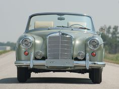 #Mercedes #Benz S #ClassicCar http://www.pinterest.com/quirkyrides/boards
