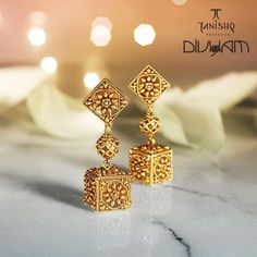 Tanishq& Divyam collection by Pretty Gold Earrings. Gold Earrings Designs, Gold Jewellery Design, Earings Gold, Gold Jhumka Earrings, Gold Mangalsutra, Gold Designs, Bird Earrings, Cuff Earrings, Gold Necklace
