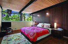 Terrific mid century modern king bedroom furniture for 2019 Serene Bedroom, Modern Bedroom Furniture, Modern Bedroom Design, Beautiful Bedrooms, King Bedroom, Modern Spaces, Mid-century Modern, Sophisticated Bedroom, Mid Century Modern Bedroom