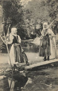 Pavol Socháň: Dievčatá v Brezovej 1895–1913, Slovakia Family History, Nostalgia, Culture, Retro, Travelling, Painting, Life, Hungary, Wheels