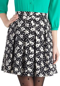 The skirts you love in the prints, patterns and colors we dote over! Get inspired at ModCloth with our unique assortment of women's skirts, all your own! Polka Dot Tights, Polka Dots, Romper With Skirt, Big Fashion, Vintage Skirt, Printed Skirts, Modcloth, Size Clothing, Dress To Impress