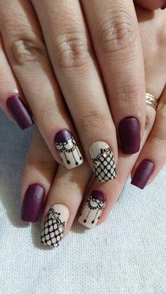 Unha linda by Tati Nail Polish Designs, Nail Art Designs, August Nails, Lace Nails, Gourmet Dog Treats, Manicure E Pedicure, Nail Arts, Winter Nails, You Nailed It