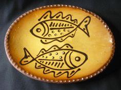 TERRYBAUN, IRELAND Irish Art, Ceramics Ideas, Plates And Bowls, Fish Dishes, Ceramic Plates, Vintage Ceramic, Surface Design, Ireland, Pots