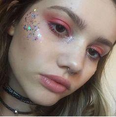 Makeup goals, makeup inspo, makeup tips, glitter face festival, glitter f. Makeup Goals, Makeup Inspo, Makeup Art, Makeup Inspiration, Makeup Tips, Hair Makeup, Eyeliner Makeup, Makeup Hacks, Beauty Make-up