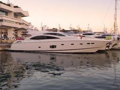 SUNSEEKER PREDATOR 84  Purchase this dream boat at BEST-Boats24! Professional yacht trading on our platform- high quality service and expertise from Germany since 1999.