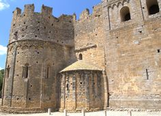 Monasterio románico de Sant Miquel de Fluvià. Siglos XI-XVII. Girona