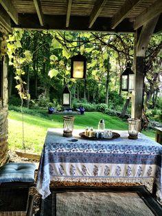 Marian McEvoy backyard