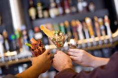Sunny San Diego gets hotter at night. Find out the best bars and pubs in…