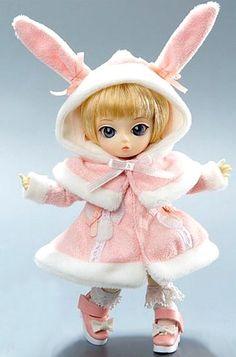 Jun Planning Co (Japan)  —  5'' Ai Ball Jointed Doll - Largus Q-726  (462x700)