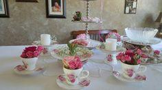Tea Sets & Roses Decor