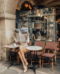 Parisian Mornings travel relax take a break Happy enjoy hiking free time country see the world hotel comfort destinations Parisian Cafe, Parisian Style, Parisian Breakfast, Parisian Apartment, Pub, Paris Mode, Belle Villa, Foto Pose, Vintage Mode