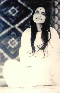 Anandamayi Ma by mandgu, via Flickr Spiritual Figures, Spiritual Images, Sacred Feminine, Divine Feminine, Saints Of India, The Knowing, Bhakti Yoga, Avatar, Divine Mother
