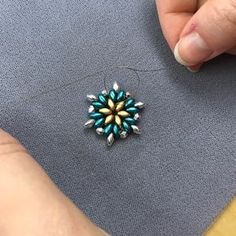 Wasn& it great to have Drea on the broadcast today? We had so much fun creating these festive snowflakes! Here are the mat. Beading Patterns Free, Beaded Bracelet Patterns, Bead Jewellery, Seed Bead Jewelry, Beaded Ornament Covers, Super Duo Beads, Twin Beads, Bracelet Crafts, Handmade Beaded Jewelry