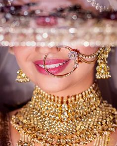 Ideas for wedding party photography poses backgrounds Indian Wedding Couple Photography, Wedding Couple Poses, Bride Photography, Party Photography, Photography Ideas, Photography Flowers, Fashion Photography, Mehendi Photography, Photography Brochure