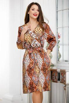 Rochie maro cu imprimeu din voal plisat - Smart Shopping Online Wrap Dress, High Neck Dress, Shopping, Dresses, Products, Fashion, Long Sleeve Dresses, Full Sleeves, Turtleneck Dress