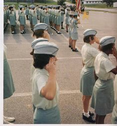 Vietnam Veterans, Vietnam War, Drill And Ceremony, First Aid Classes, Women's Army Corps, Army Band, Train Companies, Military Careers, Army Women