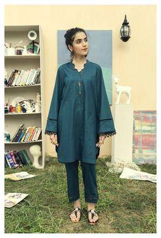 Pakistani Party Wear Dresses, Beautiful Pakistani Dresses, Nikkah Dress, Pakistani Dress Design, Pakistani Outfits, Beautiful Dress Designs, Stylish Dress Designs, Stylish Dresses For Girls, Casual Dresses