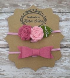 Petite felt flowers and felt bow set on a skinny elastic headband for babies, toddlers, and children    This sweet and romantic vintage style