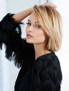Conservez un peu de longueur à l'avant du visage pour créer un effet de mèche et habiller votre front.
